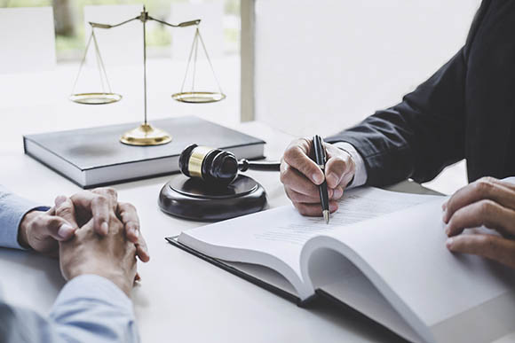 Defensa ante las administraciones públicas - lexxi abogados